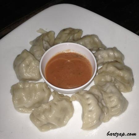 momo-di-nepal