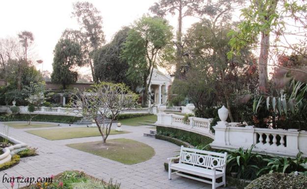 garden-of-dreams-kathmandu-nepal-03