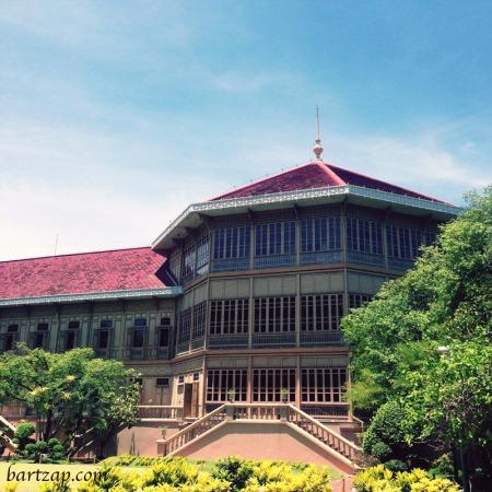 tempat-tinggal-raja-rama-v-vimanmek-mansion