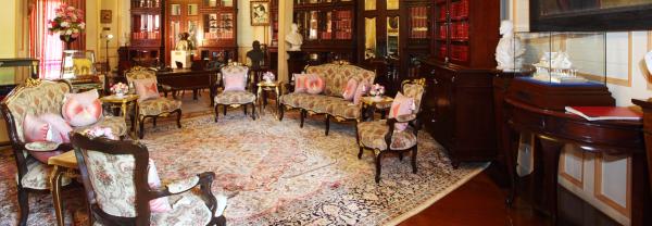 vimanmek-mansion-interior
