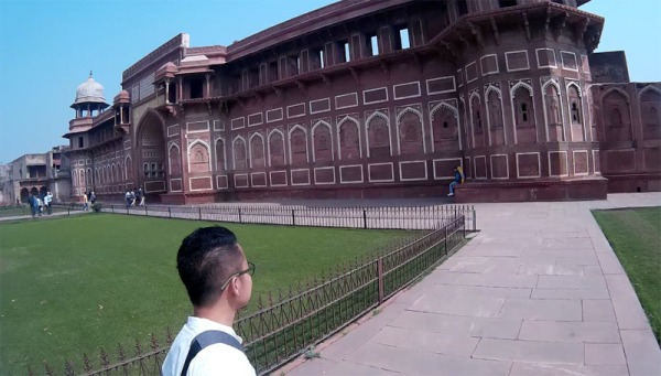 bartzap-di-red-fort-castle-agra