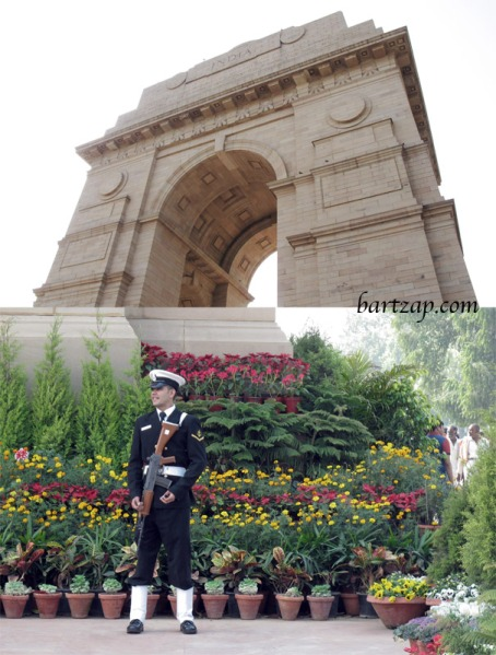 india-gate-dan-tentara-penjaga-di-rajpath