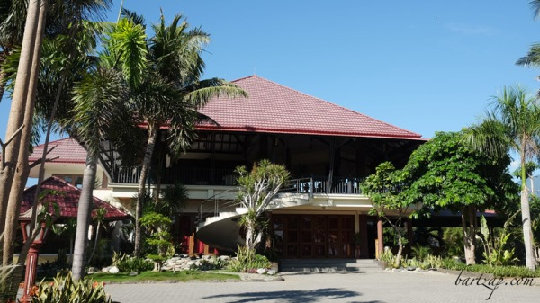 hotel-kampoeng-nelayan-palu-bartzap02-tanjung-karang-donggala