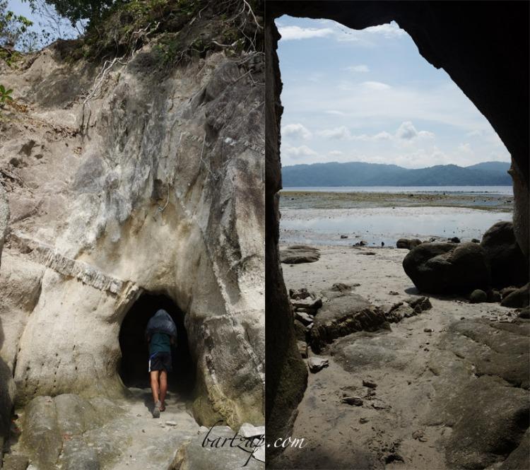 gua-alami-di-pantai-labuana-donggala