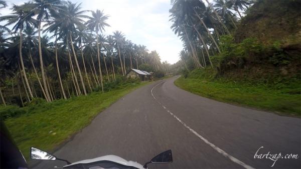jalan-trans-palu-toli-toli-menuju-pantai-labuana-donggala2