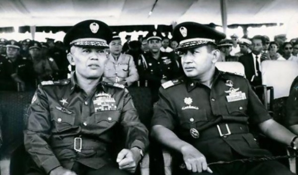 jenderal-abdul-haris-nasution-dan-letnan-jenderal-soeharto