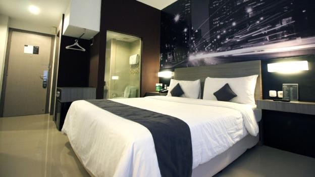 manfaat-booking-hotel-dan-tiket-menggunakan-ota