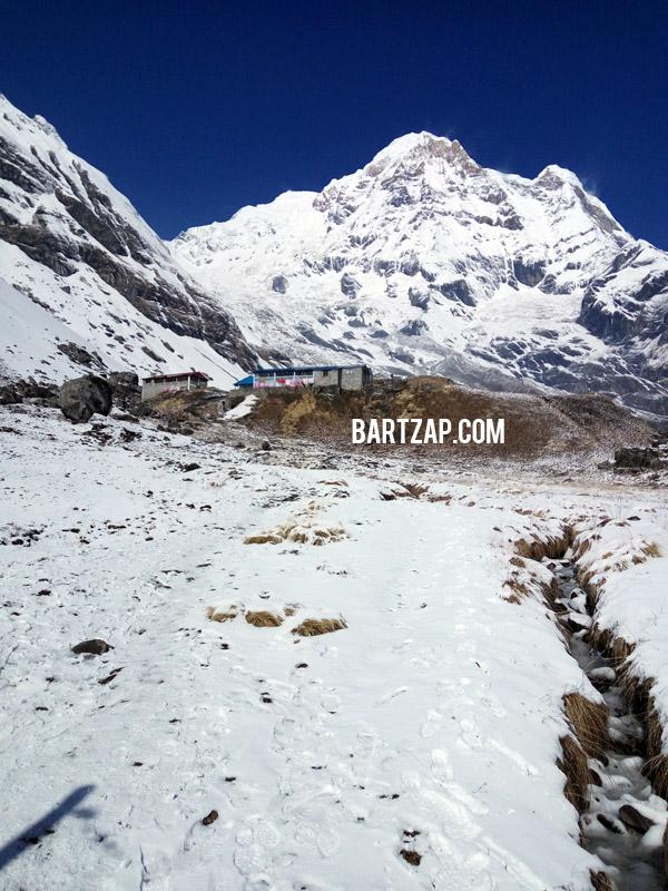 annapurna-base-camp-dilihat-dari-gerbang-selamat-datang