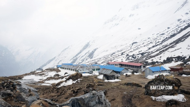annapurna-base-camp-menjelang-badai-salju