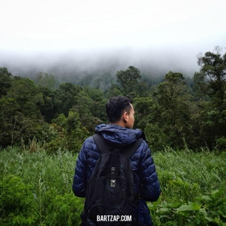 ultra-lightdown-tips-trekking-di-musim-hujan-bartzap-dotcom