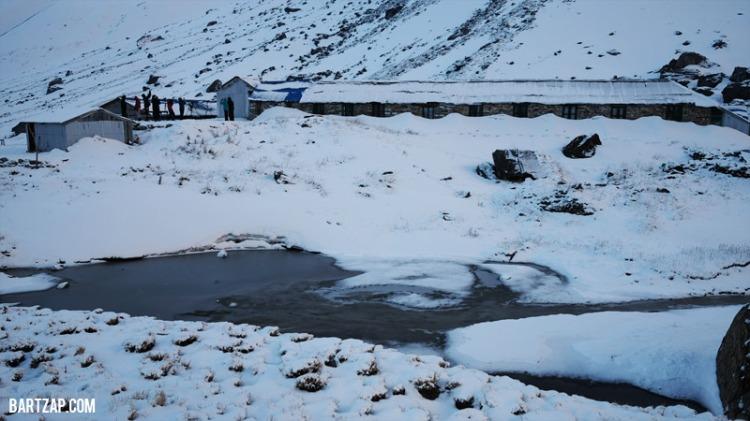 wajah-annapurna-base-camp-setelah-badai-salju