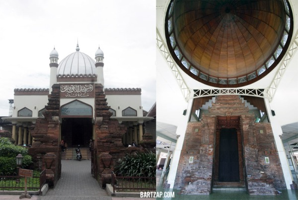 candi-bentar-dan-paduraksa-masjid-al-aqsha-menara-kudus-sunan-kudus-bartzap-dotcom