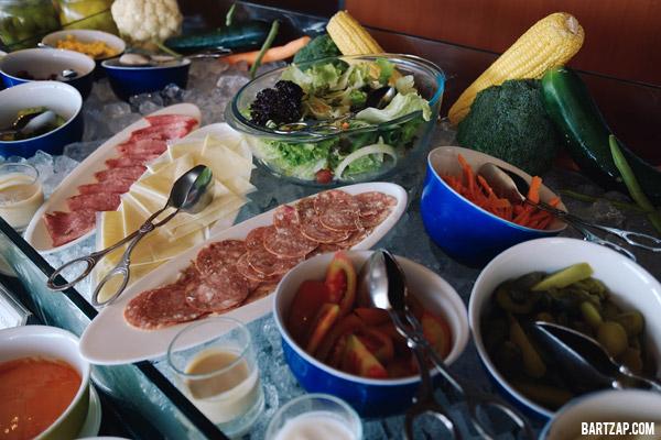 breakfast-terrace-cafe-weekday-getaway-di-prime-park-bandung-bartzap-dotcom