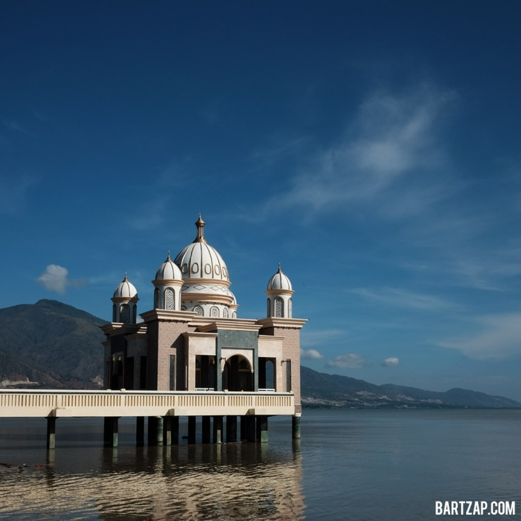 masjid-darul-arqam-palu-fujifilm-x70-bartzap-dotcom