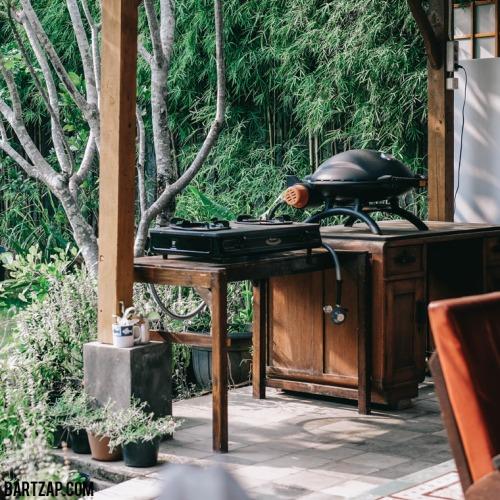 alat-barbeque-sehari-semalam-di-djajanti-house-semarang-bartzap-dotcom