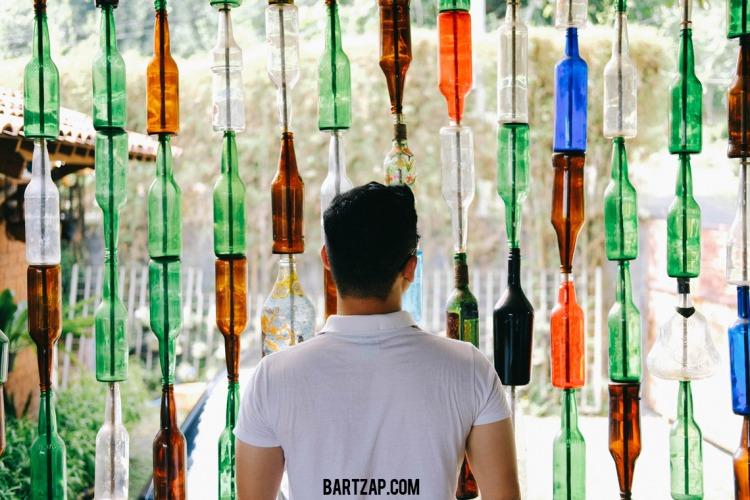 separator-botol-sehari-semalam-di-djajanti-house-semarang-bartzap-dotcom
