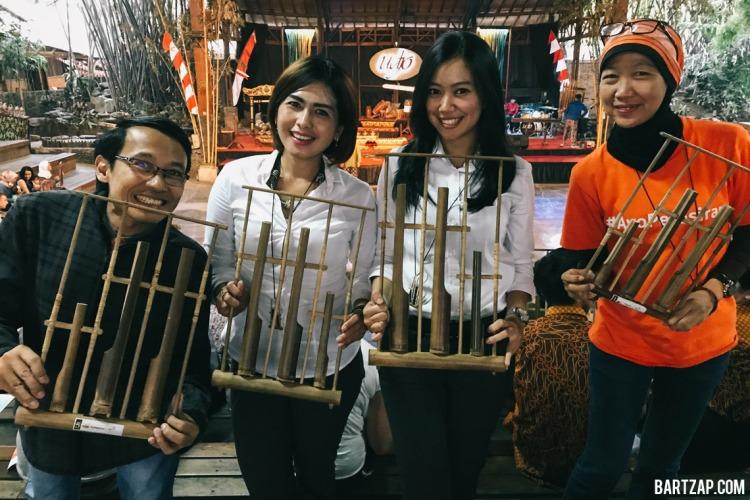 setelah-pagelaran-bambu-saung-udjo-tiga-cara-menikmati-bandung-dalam-24-jam-bartzap-dotcom