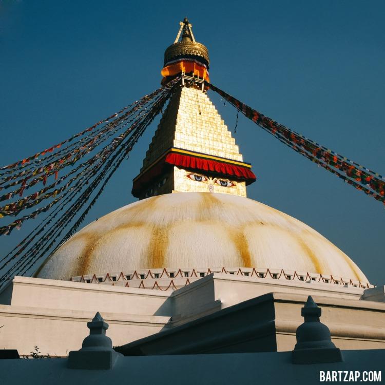 stupa-boudhanath-nepal-cultural-trip-2018-catatan-perjalanan-seminggu-bersama-kawan-bartzap-dotcom