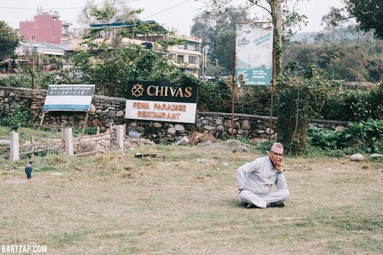 sore-di-sisi-danau-phewa-pokhara-2-nepal-cultural-trip-2018-catatan-perjalanan-bersama-kawan-bartzap-dotcom