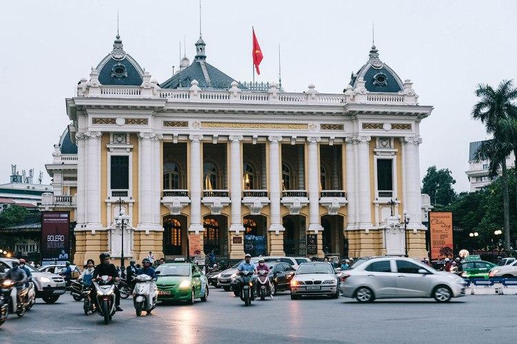 hanoi-vietnam-pada-pandangan-pertama-bartzap-dotcom